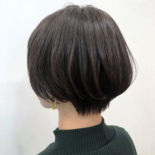ショートボブ ショート ナチュラル アッシュ ヘアスタイルや髪型の写真・画像
