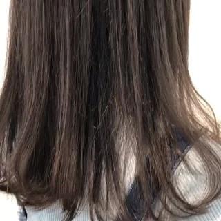 グレージュ ロング ヘアアレンジ デート ヘアスタイルや髪型の写真・画像