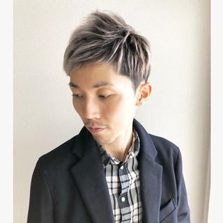 メンズショート ホワイトカラー メンズヘア ホワイトシルバー ヘアスタイルや髪型の写真・画像