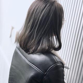 アンニュイほつれヘア 透明感 前髪 ミディアム ヘアスタイルや髪型の写真・画像