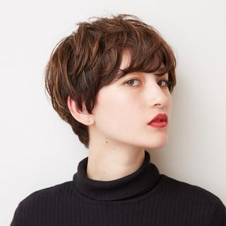 パーマ オフィス 簡単ヘアアレンジ ナチュラル ヘアスタイルや髪型の写真・画像