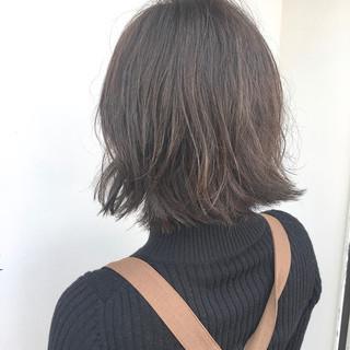 デート アンニュイほつれヘア ボブ ナチュラル ヘアスタイルや髪型の写真・画像 ヘアスタイルや髪型の写真・画像