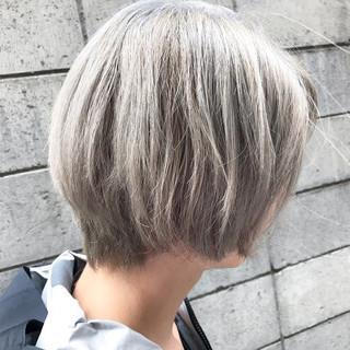 ホワイト 外国人風カラー ブリーチ ショート ヘアスタイルや髪型の写真・画像