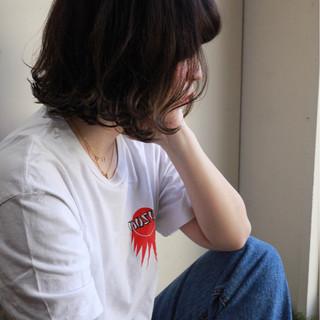 アウトドア アンニュイほつれヘア スポーツ ボブ ヘアスタイルや髪型の写真・画像 ヘアスタイルや髪型の写真・画像