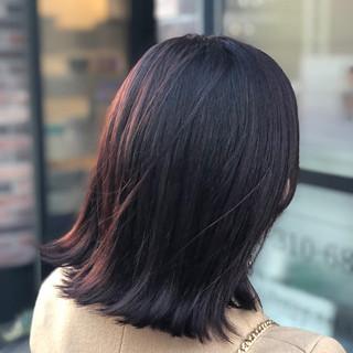 暗髪 レッドブラウン ミディアム ナチュラル ヘアスタイルや髪型の写真・画像