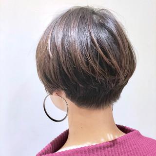 ハイライト ショート ストリート グレージュ ヘアスタイルや髪型の写真・画像 ヘアスタイルや髪型の写真・画像