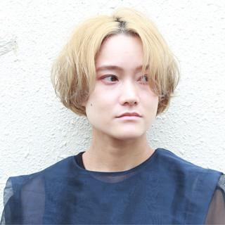シルバーアッシュ ナチュラル ブリーチ ボブヘアー ヘアスタイルや髪型の写真・画像