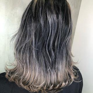 ストリート バレイヤージュ グラデーションカラー ハイライト ヘアスタイルや髪型の写真・画像