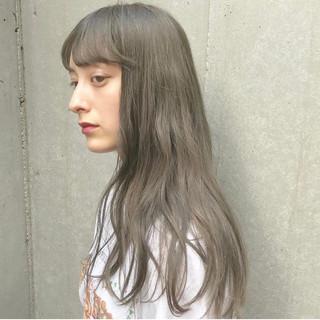 ミルクティーグレージュ ミルクティー ミルクティーアッシュ ミルクティーグレー ヘアスタイルや髪型の写真・画像