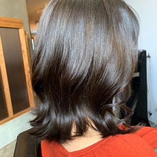 ショートヘア 切りっぱなしボブ ボブ ナチュラル ヘアスタイルや髪型の写真・画像