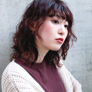 デート アンニュイほつれヘア 簡単 フェミニン ヘアスタイルや髪型の写真・画像