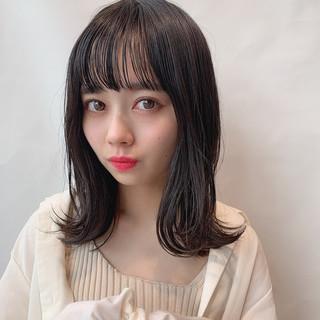 かわいい フェミニン ナチュラル可愛い ミディアムレイヤー ヘアスタイルや髪型の写真・画像