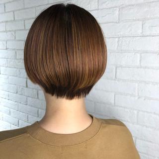 透明感カラー ショート ミニボブ 大人ハイライト ヘアスタイルや髪型の写真・画像