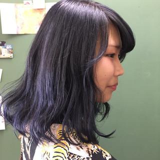 ネイビー セミロング ブルー グレージュ ヘアスタイルや髪型の写真・画像