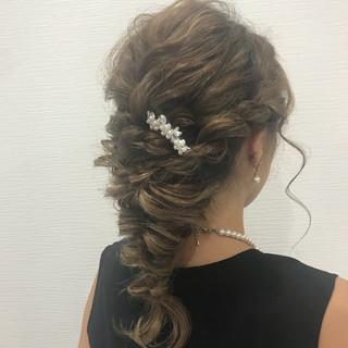 パーティ 結婚式 ロング 編み込み ヘアスタイルや髪型の写真・画像