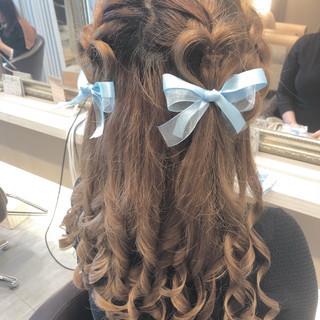 ハイトーンカラー ロング デート ヘアアレンジ ヘアスタイルや髪型の写真・画像