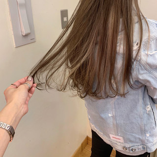 ゆるふわ アンニュイほつれヘア ハイライト 大人かわいい ヘアスタイルや髪型の写真・画像