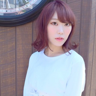 ブリーチ 韓国ヘア フェミニン パーマ ヘアスタイルや髪型の写真・画像 ヘアスタイルや髪型の写真・画像