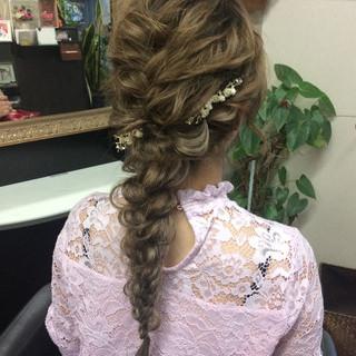 ヘアアレンジ ロング 結婚式 ナチュラル ヘアスタイルや髪型の写真・画像