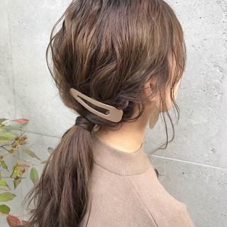 デート セミロング ヘアアレンジ ポニーテール ヘアスタイルや髪型の写真・画像 ヘアスタイルや髪型の写真・画像