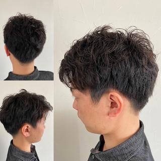 メンズショート ショート ツーブロック ナチュラル ヘアスタイルや髪型の写真・画像