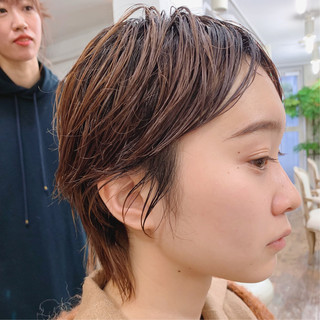 外国人風 大人かわいい ショート アンニュイほつれヘア ヘアスタイルや髪型の写真・画像 ヘアスタイルや髪型の写真・画像