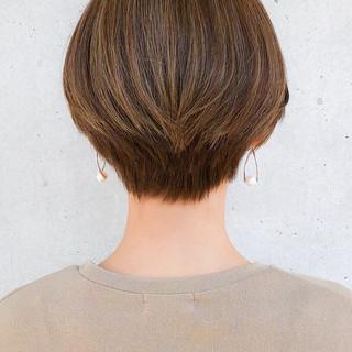 ショート 大人ショート 小顔ショート ナチュラル ヘアスタイルや髪型の写真・画像   石川 卓弥/Agnos青山 / Agnos 青山