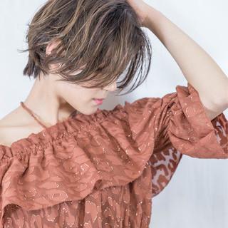 小顔ショート シンプルボブ ショート ハンサムショート ヘアスタイルや髪型の写真・画像