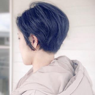 アンニュイほつれヘア 小顔ヘア ハンサムショート 刈り上げショート ヘアスタイルや髪型の写真・画像