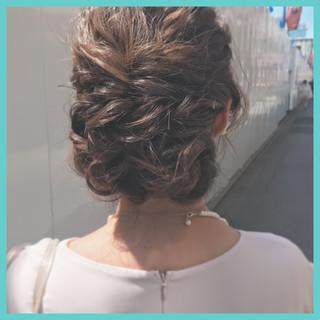 簡単ヘアアレンジ 成人式 ナチュラル パーティ ヘアスタイルや髪型の写真・画像