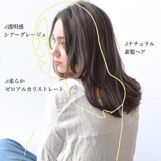 ストレート 前髪 ナチュラル グレージュ ヘアスタイルや髪型の写真・画像
