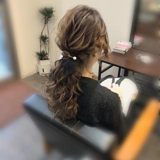 ローポニー ヘアセット ガーリー ヘアアレンジ ヘアスタイルや髪型の写真・画像