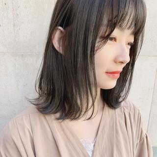 ロブ レイヤーカット ナチュラル 暗髪 ヘアスタイルや髪型の写真・画像