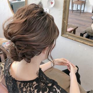 結婚式 ミディアム 上品 エレガント ヘアスタイルや髪型の写真・画像 ヘアスタイルや髪型の写真・画像