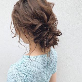 結婚式髪型 ヘアアレンジ 大人かわいい ゆるナチュラル ヘアスタイルや髪型の写真・画像
