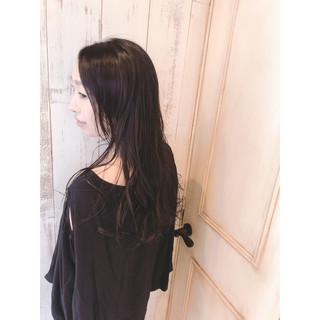 ゆる巻き パーマ 黒髪 アンニュイ ヘアスタイルや髪型の写真・画像 ヘアスタイルや髪型の写真・画像