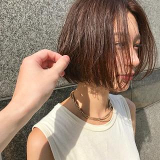 暖色 抜け感 ナチュラル ボブヘアー ヘアスタイルや髪型の写真・画像