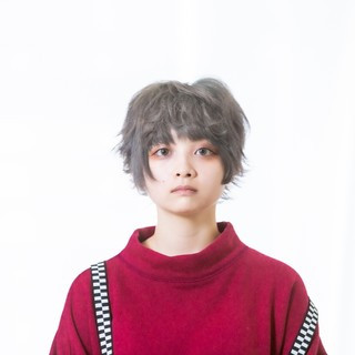 ダブルカラー アッシュ ショートヘア ブリーチ ヘアスタイルや髪型の写真・画像