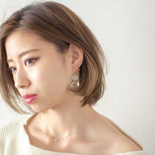 外国人風 デート 透明感 オフィス ヘアスタイルや髪型の写真・画像 ヘアスタイルや髪型の写真・画像