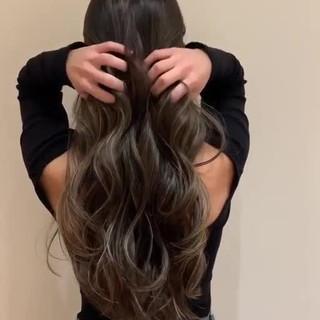 グラデーションカラー 大人ハイライト 地毛ハイライト ロング ヘアスタイルや髪型の写真・画像 ヘアスタイルや髪型の写真・画像
