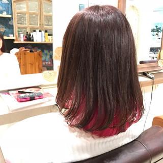インナーカラー ミディアム 個性的 ストリート ヘアスタイルや髪型の写真・画像 ヘアスタイルや髪型の写真・画像
