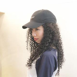 ロング ツイスト パーマ スパイラルパーマ ヘアスタイルや髪型の写真・画像 ヘアスタイルや髪型の写真・画像