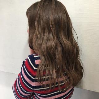 ミディアム ガーリー ハイライト ヘアスタイルや髪型の写真・画像