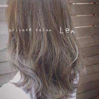 ミディアム デート モテ髪 アッシュ ヘアスタイルや髪型の写真・画像