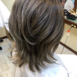 ハイライト ミディアム ローライト 外国人風 ヘアスタイルや髪型の写真・画像
