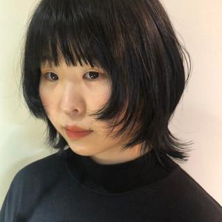 ウルフ ウルフ女子 ショート ブルーアッシュ ヘアスタイルや髪型の写真・画像