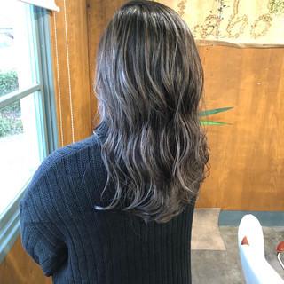 モード 大人ハイライト クール ロング ヘアスタイルや髪型の写真・画像