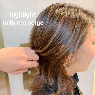 ダブルカラー 大人ハイライト ウルフカット ミディアム ヘアスタイルや髪型の写真・画像