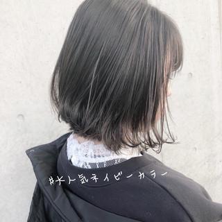 切りっぱなしボブ オフィス デート ミニボブ ヘアスタイルや髪型の写真・画像
