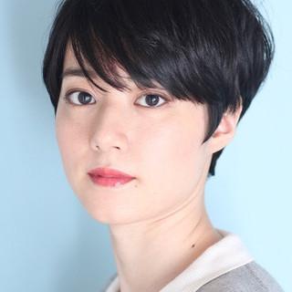 黒髪 ショートヘア ショートボブ ナチュラル ヘアスタイルや髪型の写真・画像